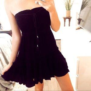 Forever 21 Strapless Black Ruffle Dress